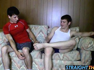 Hot straighty tugs n cums