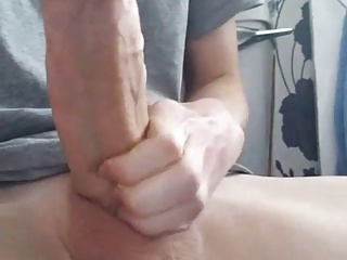 18 YO Boy with HUGE FAT Cock (21cm)