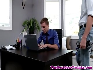 Twink Rob buttfucks Ian Levine
