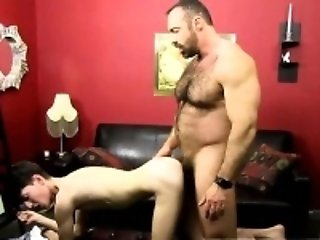 Clip porno gay emo Brad slides his spear up Benjamin's bum w